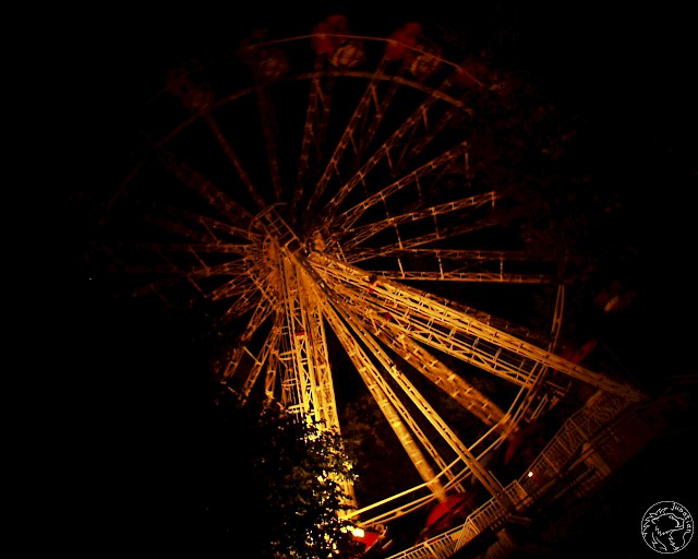 Wheel in night
